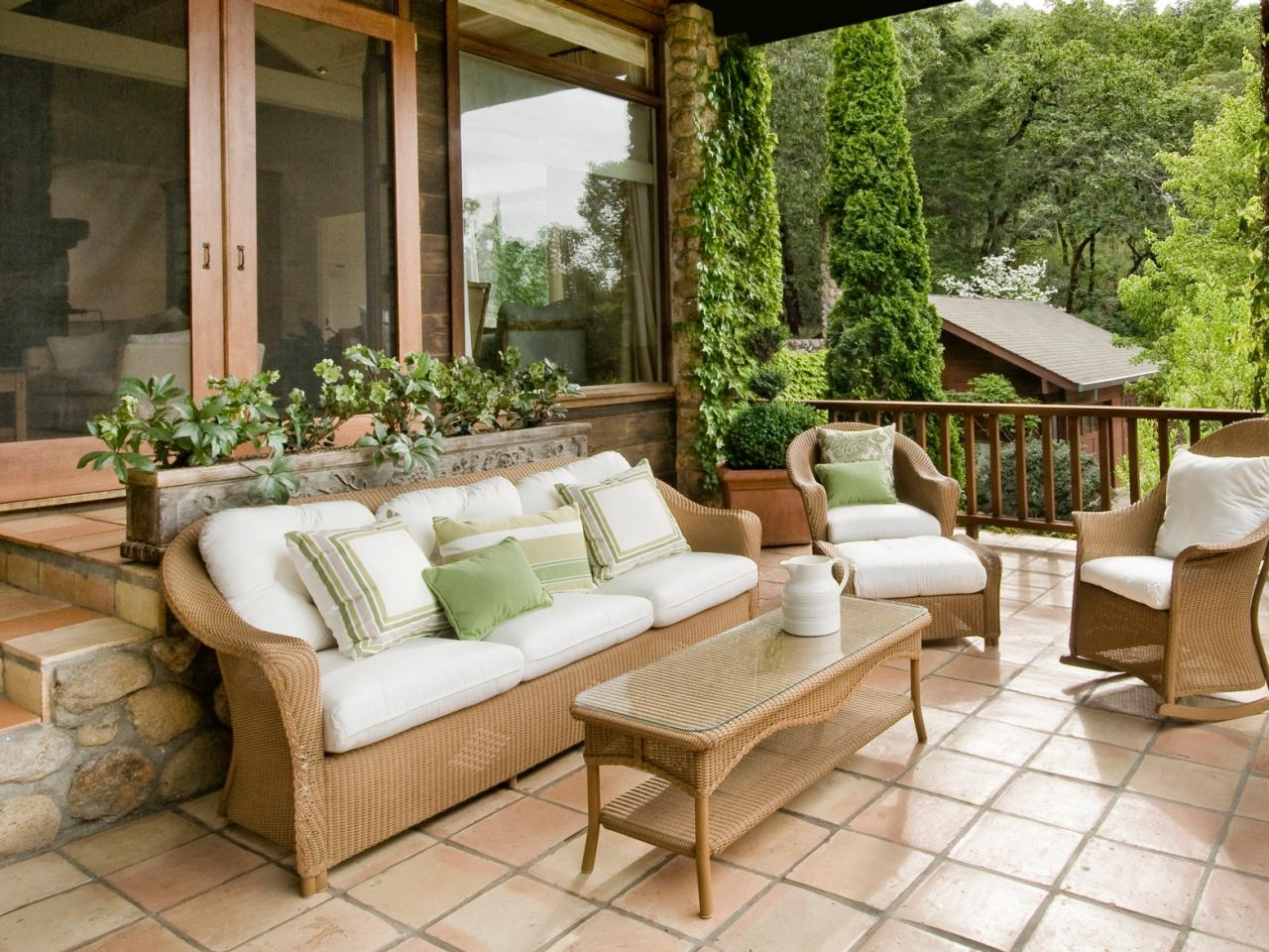 A Guide To Select Right Patio Tiles!